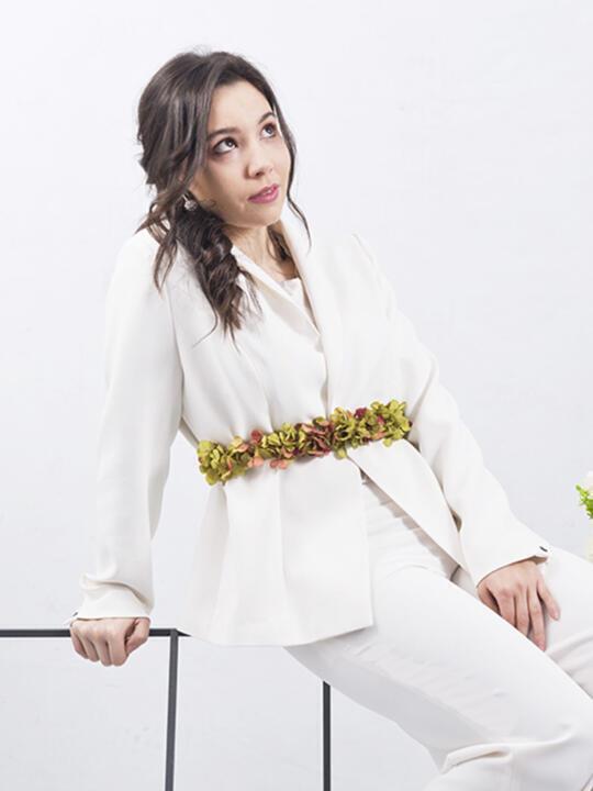 traje de novia con cinturon