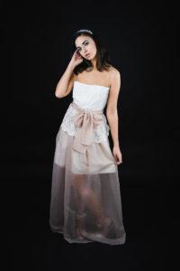 conjunto para boda falda rosa y blusa blanca