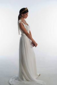 vestido de novia con lazada blanco