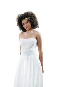 vestidos de novia con palabra de honor falso